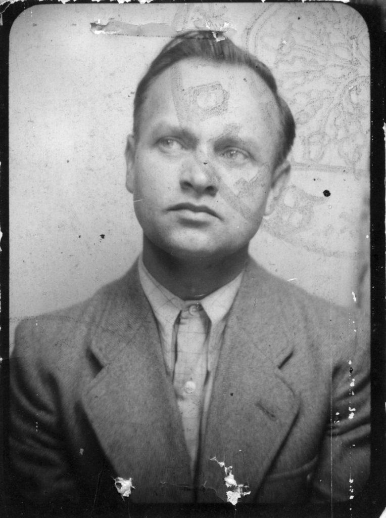 Robert Brauner, später Oberbürgermeister der Stadt Herne, wurde 1936 als Mitglied eines sozialdemokratischen Widerstandszirkels verhaftet.